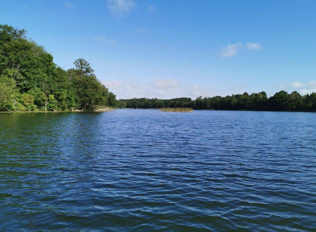 ezeras-aknystelis