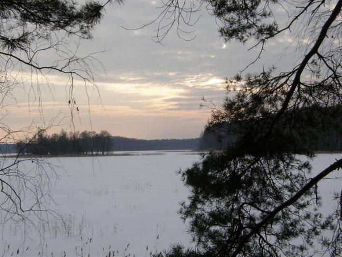 smalvas ezeras